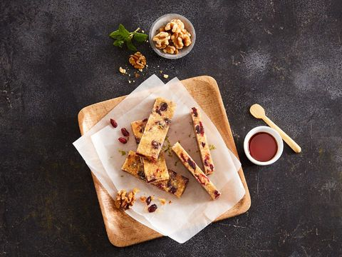 Walnut Bar with Cranberries & Maple Syrup (vegan)