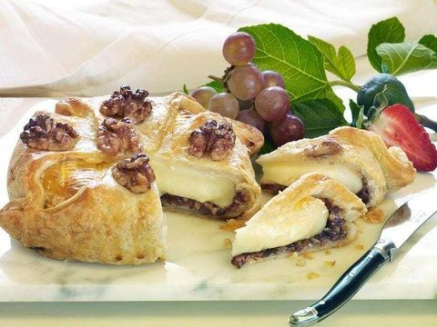 Walnut Fig Brie in Croûte